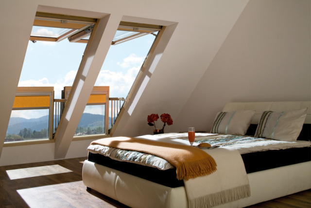 Fakro Balkon Tipi Çatı