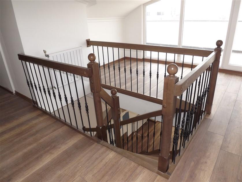 çelik merdiven sistemi