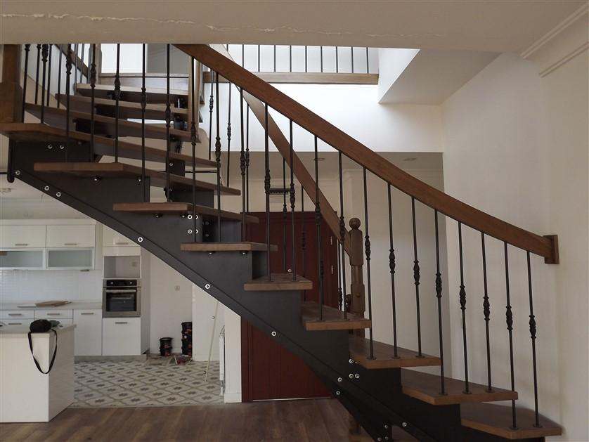 çelik merdiven yapımları